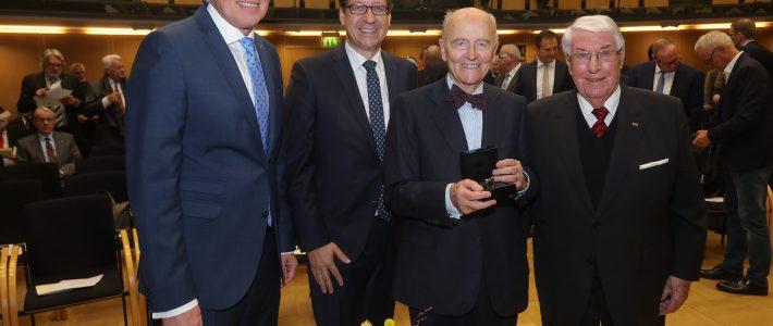 Ehrenmitglied Professor Heinz Haferkamp ist vor einem Jahr verstorben