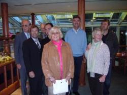 Im Anschluss an die Besichtigung lud Geschäftsführer Marc Münnich (vierter von links) in sein Betrieb Rasthaus-Hotel Hannover - Garbsen-Nord zum Essen ein.